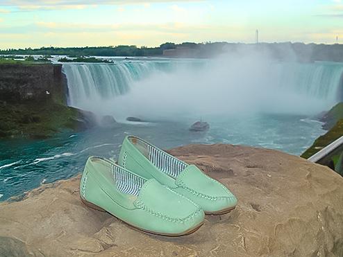 Schuhe so frisch wie die Niagara-Fälle